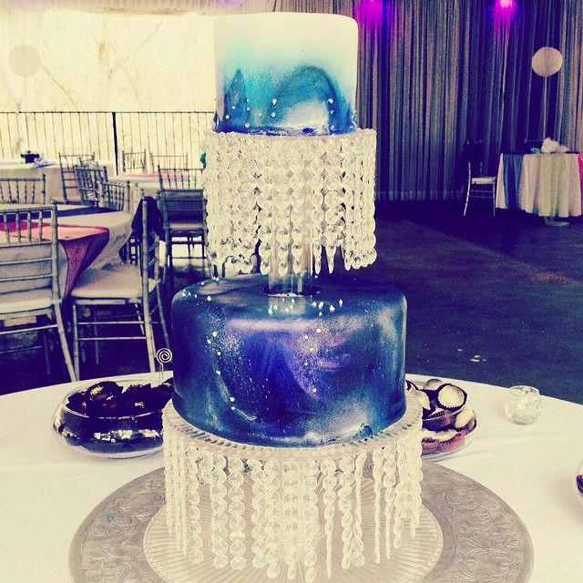 galaxy themed wedding cake thursday s theme galaxy droplet weddings amp bridal 14630